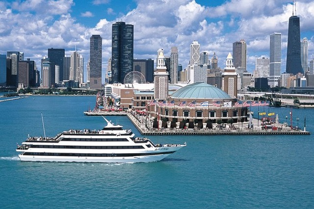 Bask in the Sun in Chicago's Boat Tour